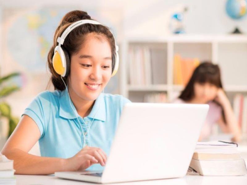 học tiếng anh trên các web dạy học trực tuyến